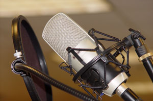 Professionelles Studio-Mikrofon mit Mikrofonspinne